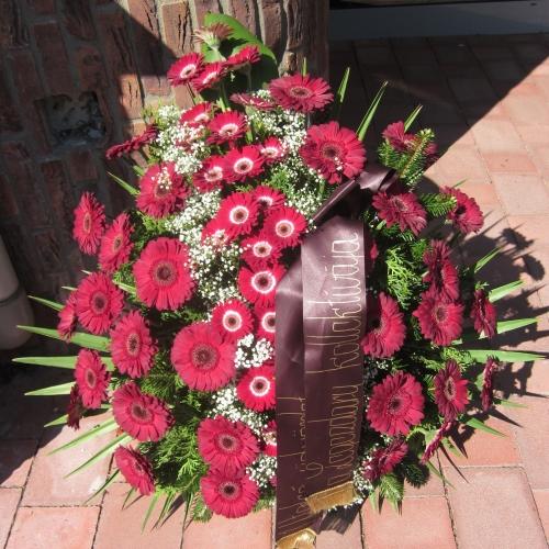 Pohrebný veniec 82